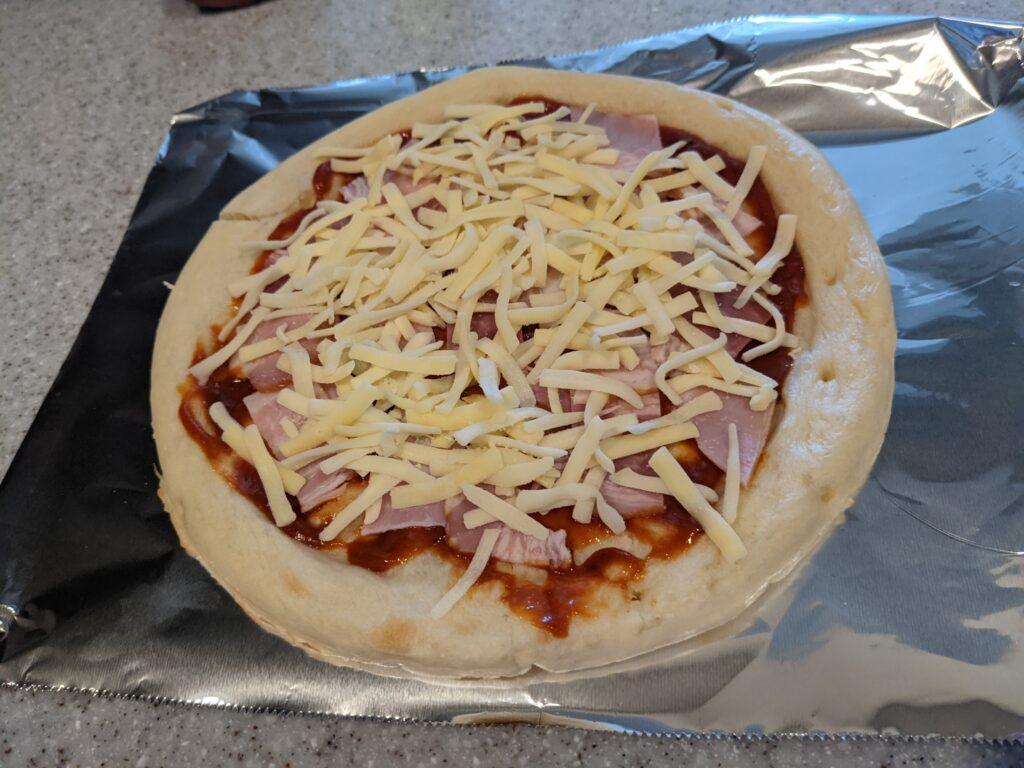 ナポリ風ピザクラストで作ったピザ①