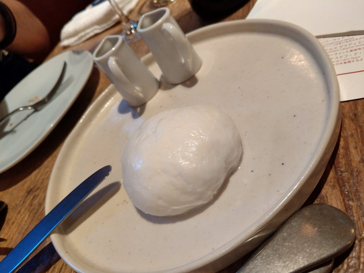 Cheese Tavern CASCINAのモッツアレラチーズ