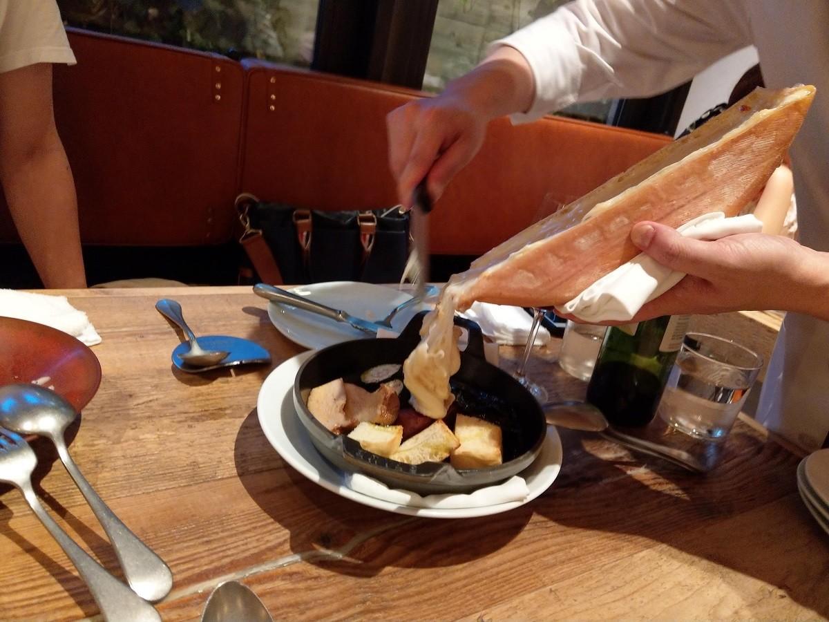Cheese Tavern CASCINAのラクレットチーズ